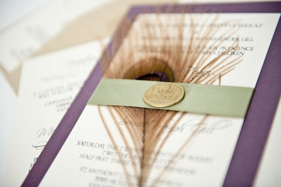 peacock_feather_wedding_invitations_etsy